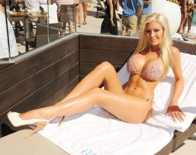 Heidi Montag's Boobs host a Las Vegas Party!