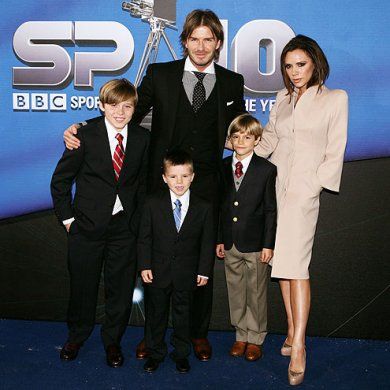 Victoria and David Beckham Expecting Their 4th Child....Maybe they'll have a baby girl this time!
